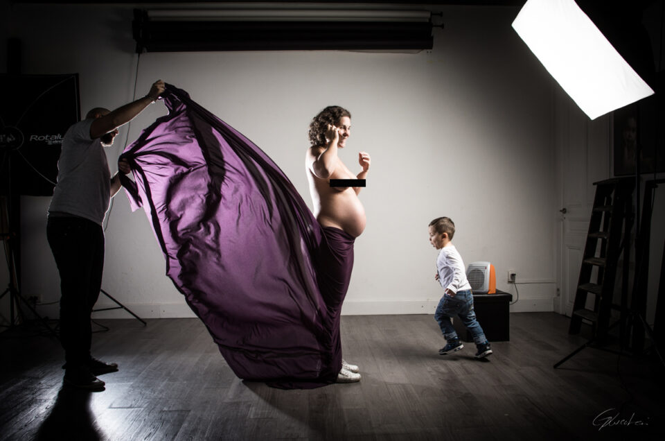 Une séance grossesse pleine de bonne humeur